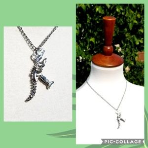+new+ boutique silver dinosaur bones necklace